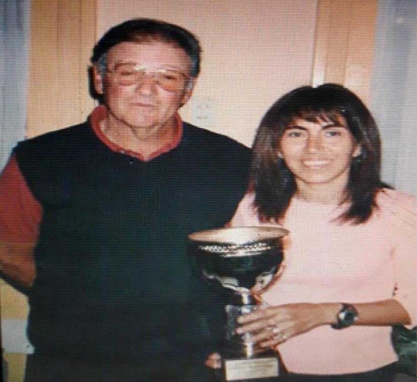 dominguez El mejor entrenador q tuve!!Cachi Martinoni!!Cuando Me hicieron la mención al mérito deportivo!lo declaró el Consejo Deliberante