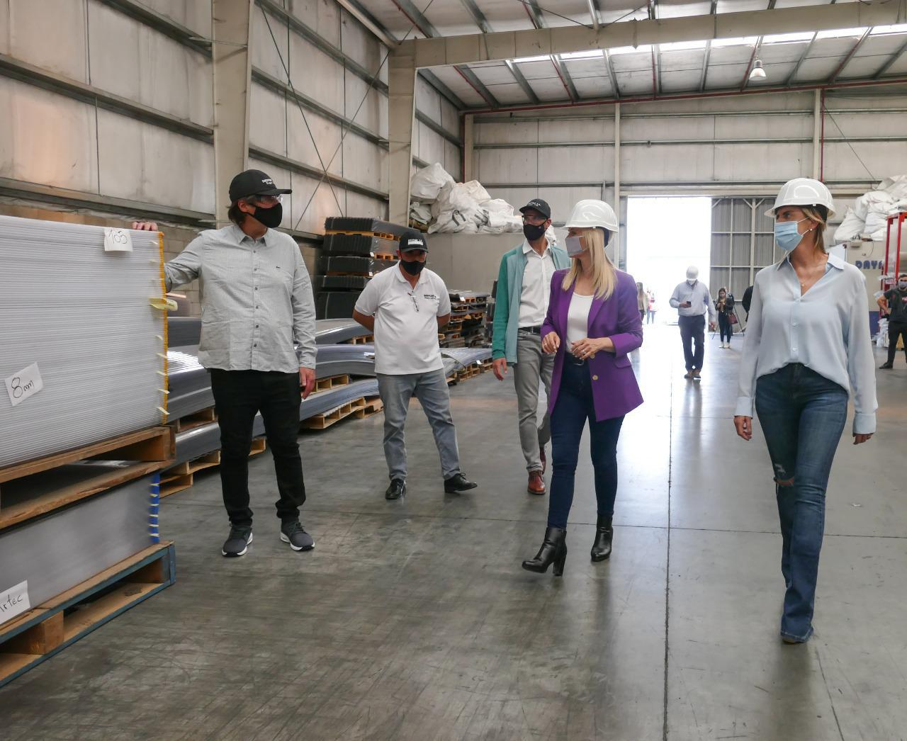 15-10 visita de la vicegobernadora Magario a Cañuelas (1)